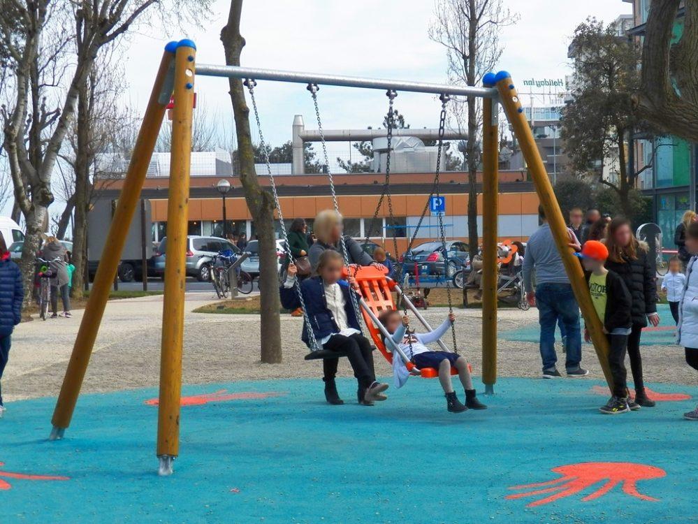 Parco giochi inclusivo a Rimini. Foto fonte http://parchipertutti.blogspot.it/